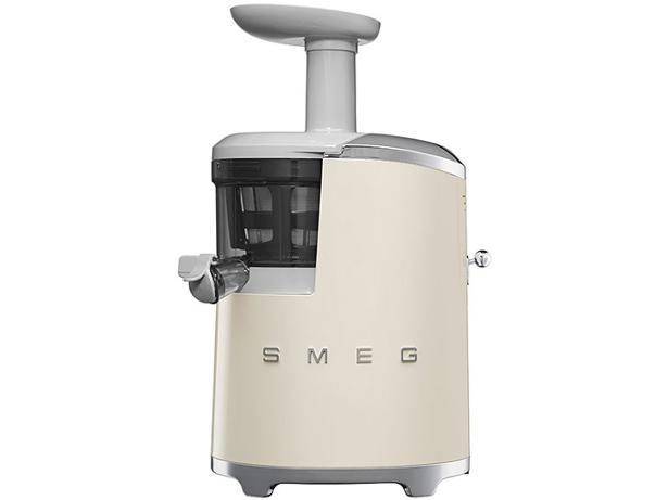 Smeg Slow Juicer Reviews : Smeg SJF01 Slow Juicer juicer review - Which?